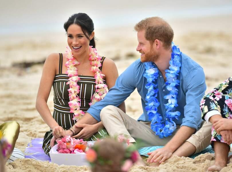 Le prince Harry et Meghan Markle enceinte visitent la plage de Bondi Beach à Sydney, le 19 octobre 2018