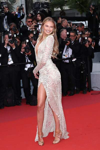 La top Victoria's Secret Romee  Strijd