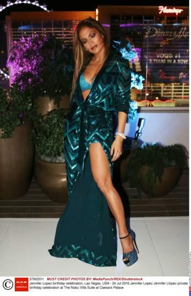 Tendance lingerie soutien-gorge : Jennifer Lopez