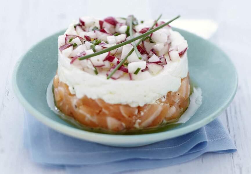Tartare de saumon et radis croquants au carré frais