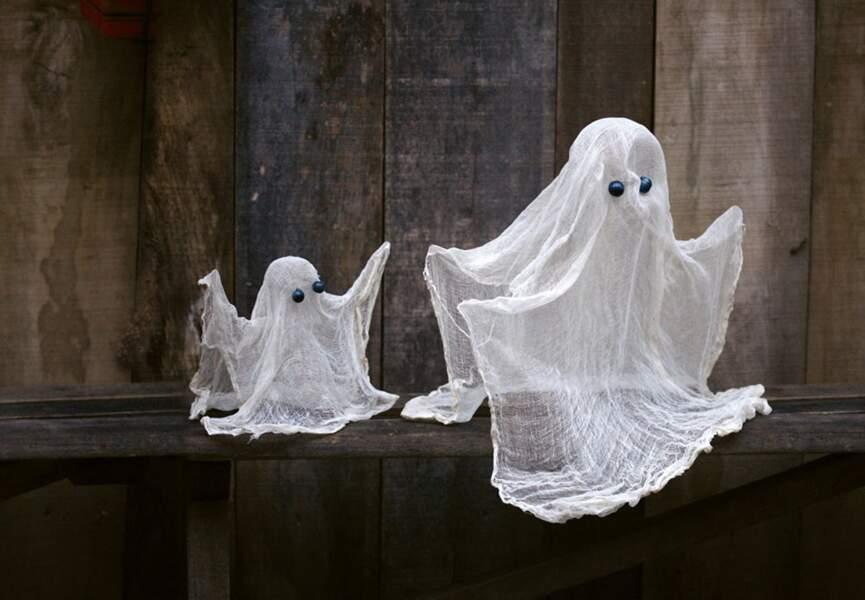 D'effrayants fantômes pour décorer la maison
