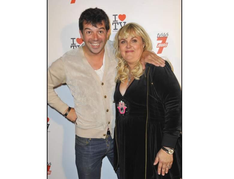 En 2010, elle pose avec Stéphane Plaza à une soirée