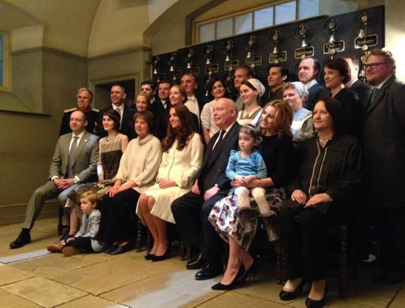 Kate Middleton aux côtés de tous les acteurs de Downton Abbey