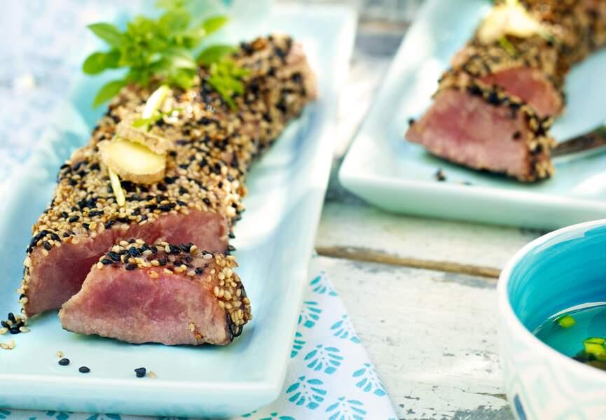Tataki de thon au sésame, sauce ponzu