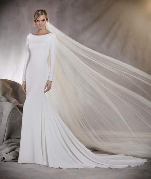 Mariage en hiver : Robe de mariée Alana par Pronovias