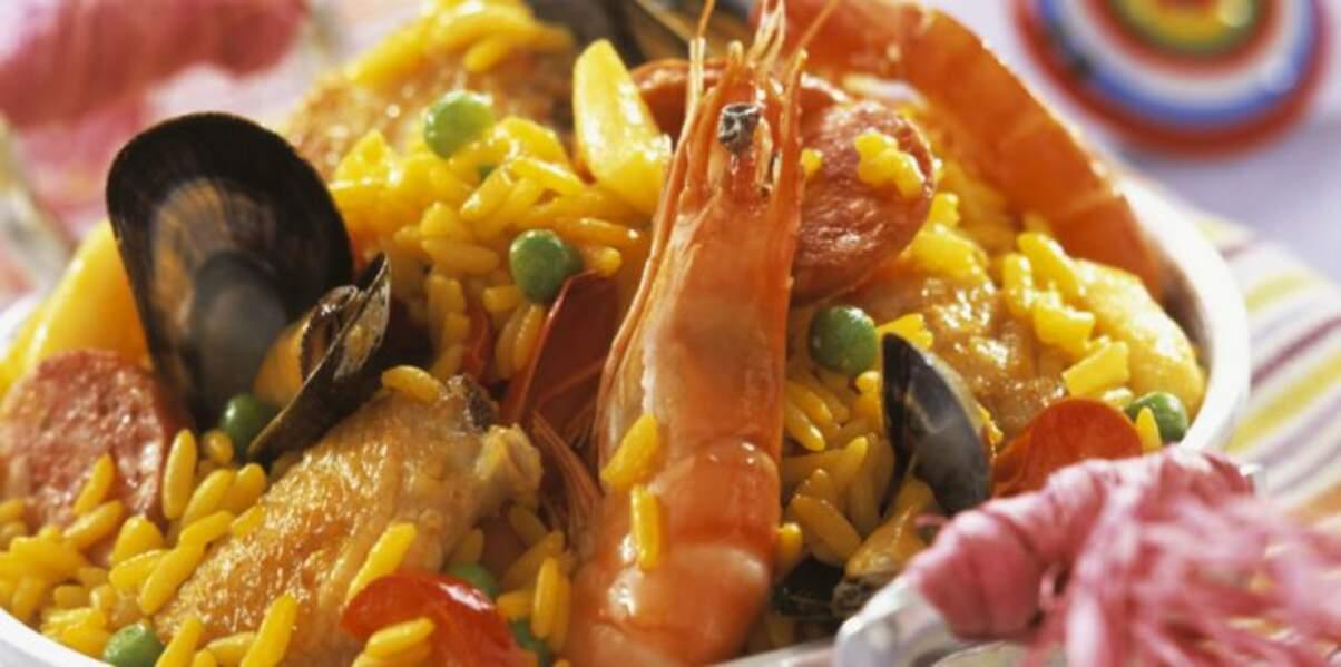 Paëlla aux fruits de mer, chorizo et poulet
