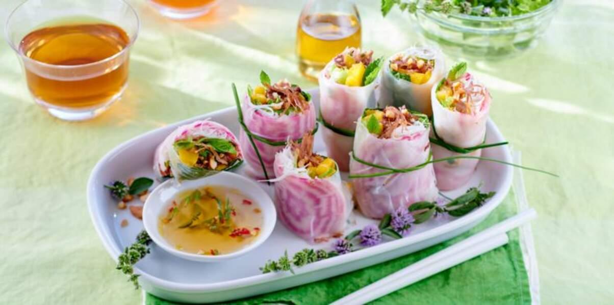 Salade à l'asiatique à l'effilochée de canard