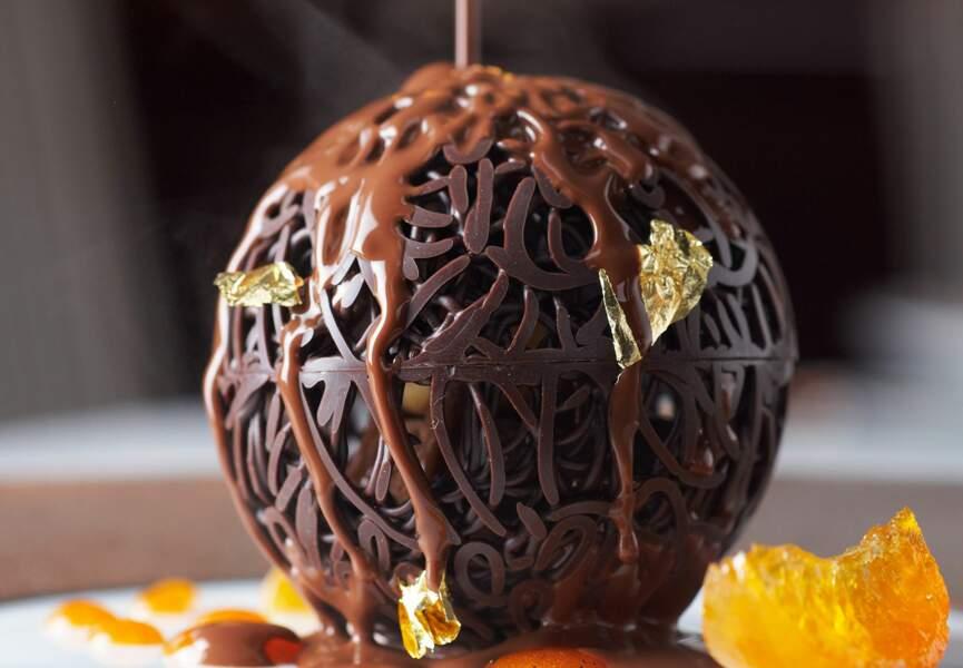 Boule de chocolat et sa sauce à l'orange