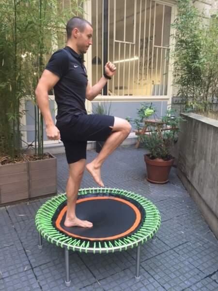 Mini-trampoline bellicon : posture n°4