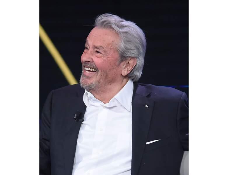 En 2018, Alain Delon a 83 ans et il est invité sur le plateau d'une chaîne Italienne