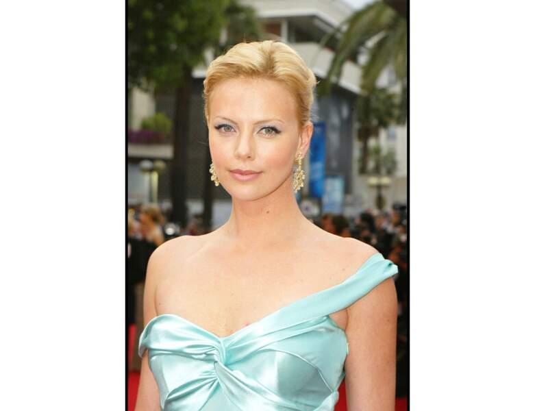 2004 : elle apparaît au Festival de Cannes, elle a 29 ans