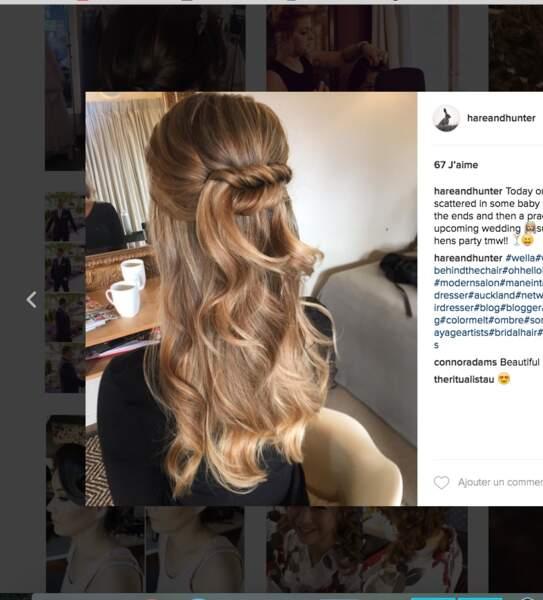 Coiffure de mariage pour cheveux longs : la demie tresse relevée