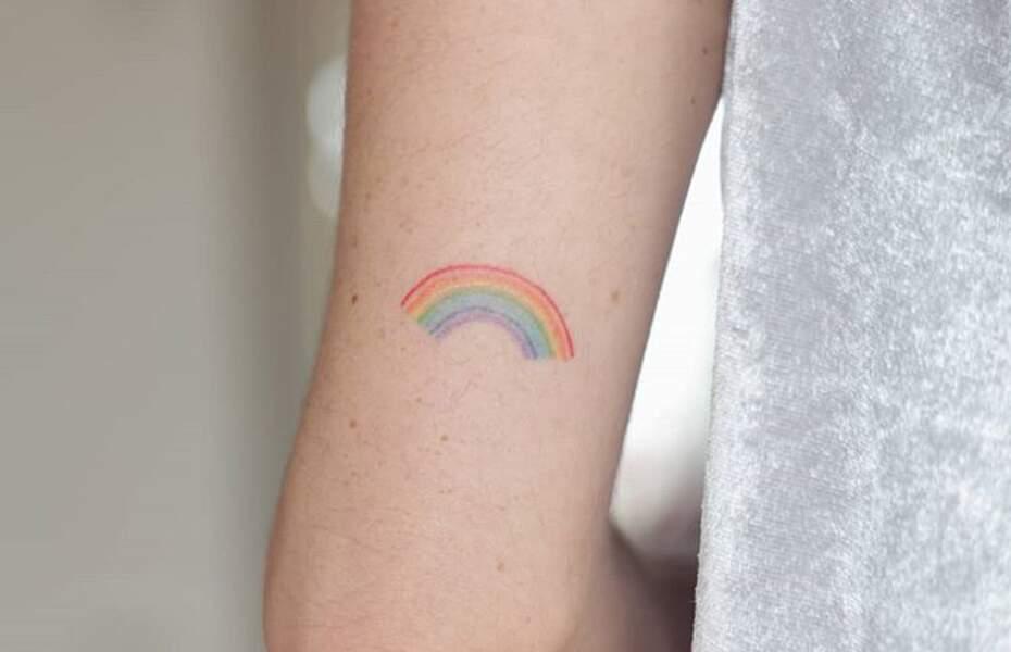 Le tatouage arc-en-ciel