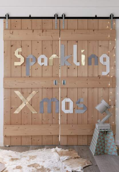 Une déco de Noël pastel en papier : lettres de Noël