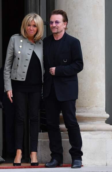 Brigitte Macron en veste rock et slim moulant pour rencontrer Bono
