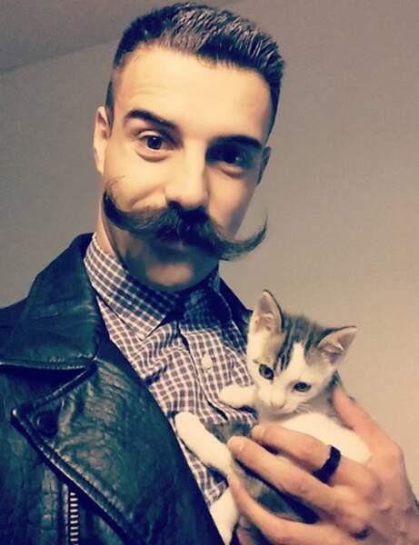 Movember : moustache idée 1