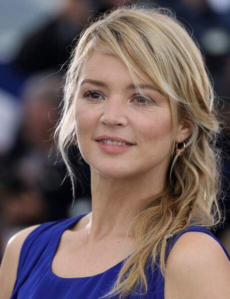 Une coiffure one-side comme Virginie Efira