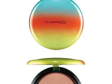 Make-up été : poudre bronzante mode d'emploi