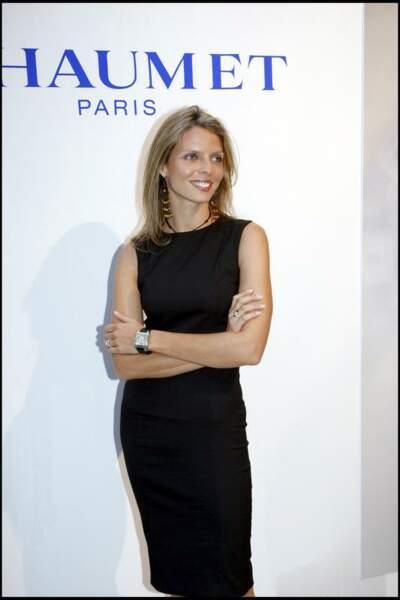 2007, chez Chaumet Sylvie Tellier laisse parler la femme d'affaire avec ce look stricte mais chic