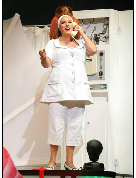 """Marianne James dans la comédie musicale """"Les Aventures De Rabbi Jacob"""" en 2008"""