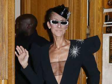 Photos - Céline Dion : son look audacieux et ultra décolleté pour la Fashion Week