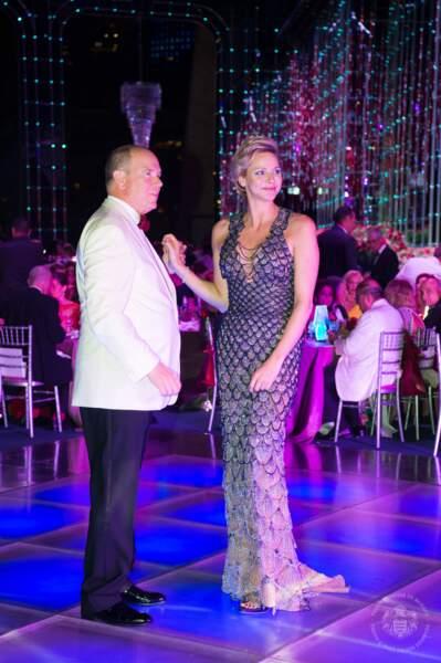 Qui dit Gala dit première danse, et Charlène la réserve à son mari le prince Albert II