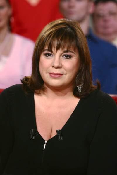 Michèle Bernier sur le plateau de Vivement Dimanche en novembre 2004.
