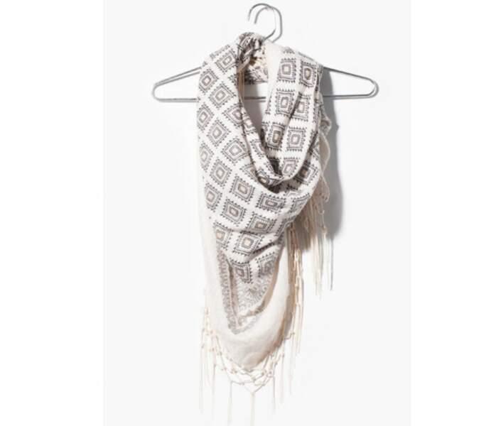Le foulard bicolore