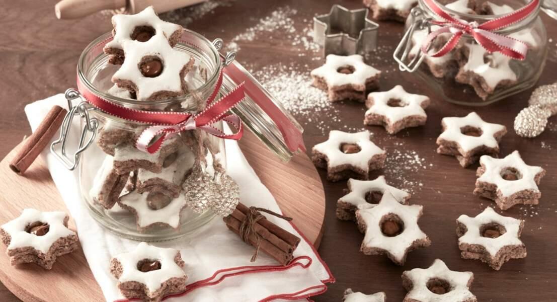 Biscuits étoilés à la cannelle et au Nutella®