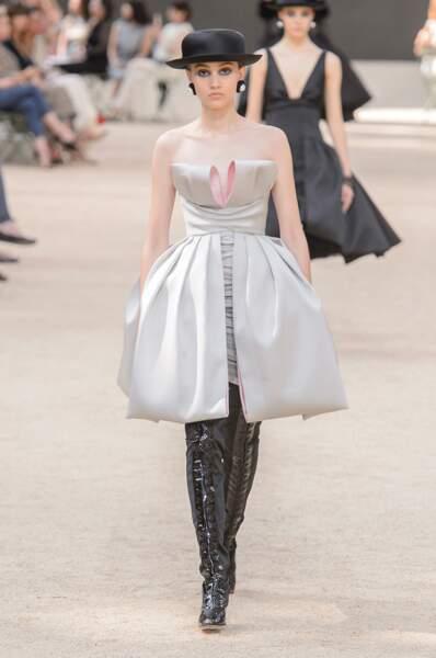 Robe de rêve du défilé Chanel haute couture automne hiver 2017-2018