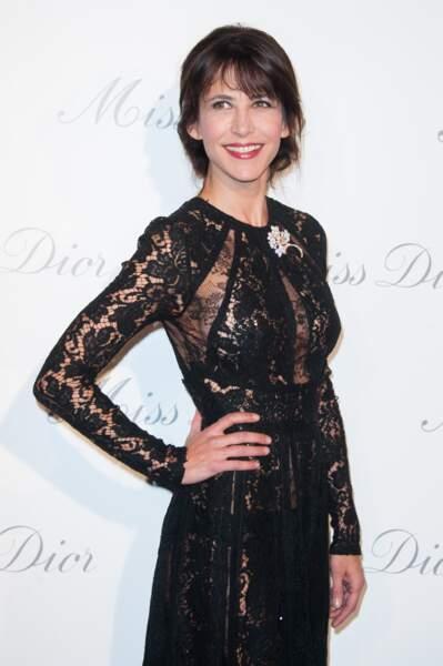 Sophie Marceau à l'inauguration de l'exposition Dior au Grand Palais en novembre 2013.