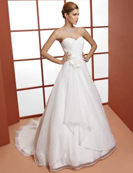 Robe de mariée décolleté coeur