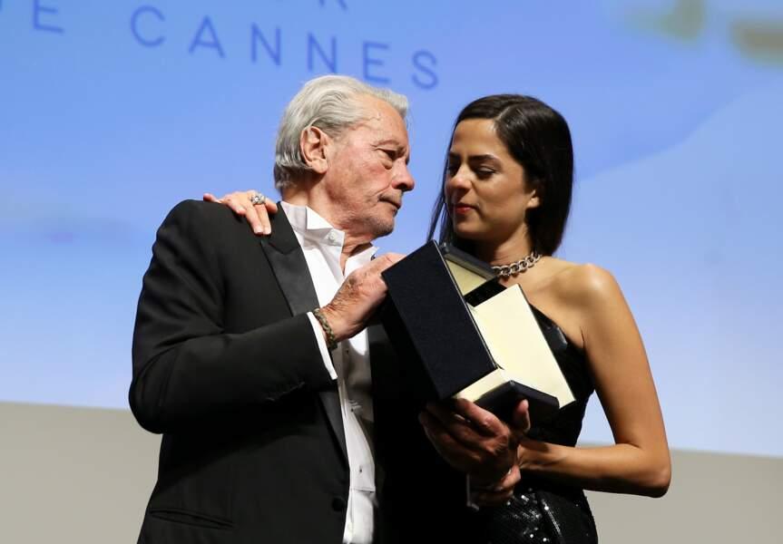Alain Delon au Festival de Cannes pour recevoir sa Palme d'Or d'honneur, avec Anouchka Delon, le 19 mai 2019