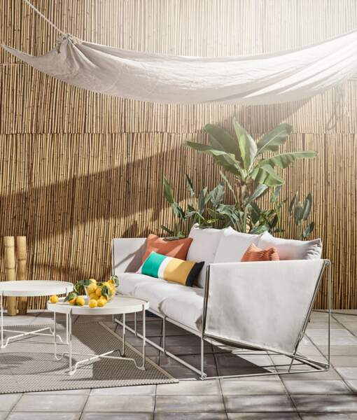 Un canapé confortable pour intérieur ou extérieur