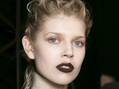 Osez les couleurs insolites sur les lèvres