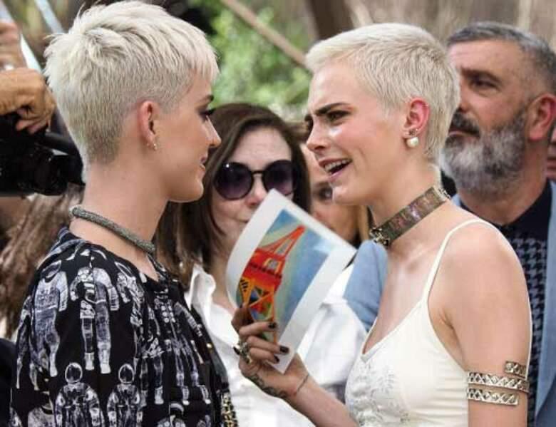 Les deux filles s'entendent à merveille