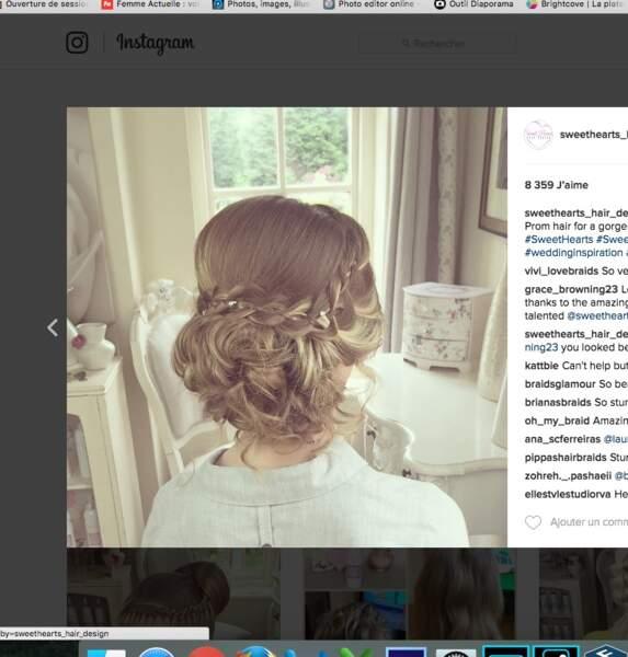 Coiffure de mariage pour cheveux longs : le chignon tresse et strass