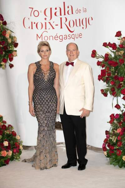 Le prince Albert II et Charlène de Monaco au 70ème Gala de la Croix-Rouge