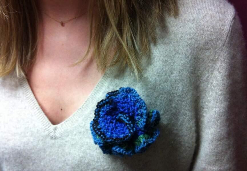 Une broche en fleur