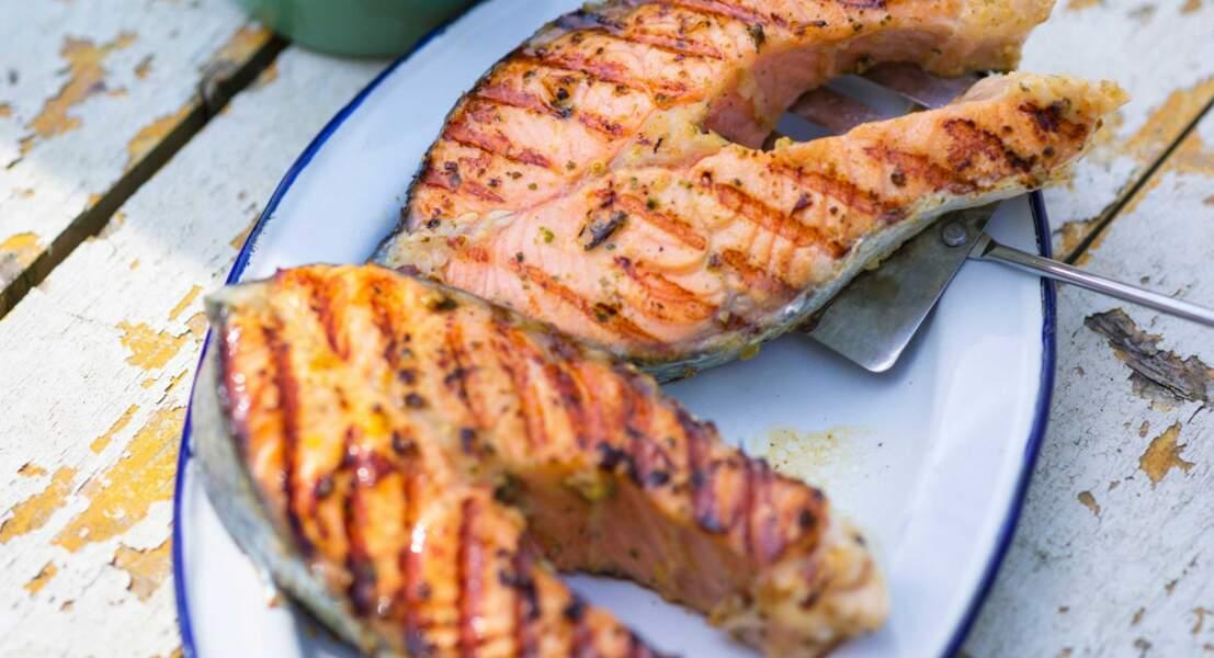Darnes de saumon à la tapenade et au pastis