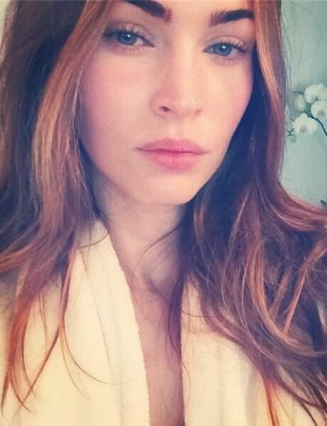 Megan Fox va à la douche et en fait profiter les réseaux sociaux