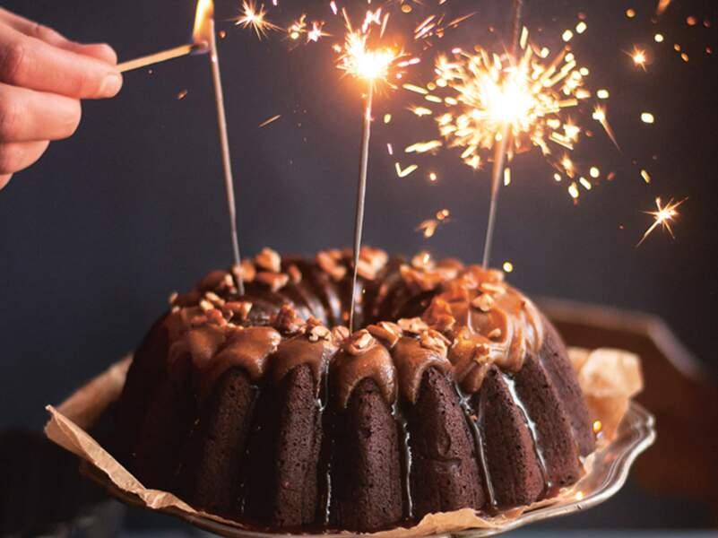 Gros brownie chocolat-pécan et son nappage façon caramel beurre salé