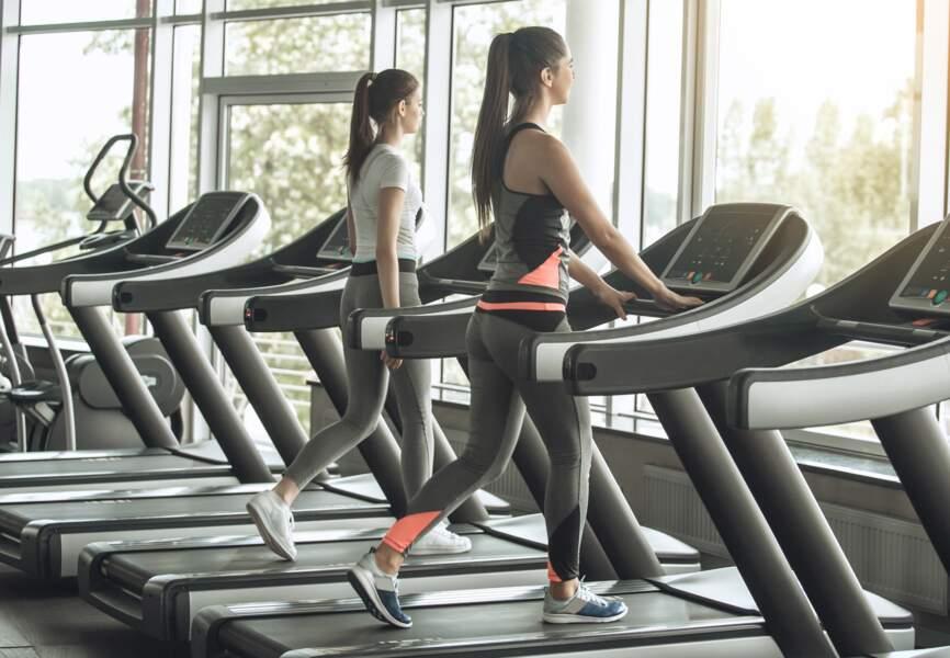 Des fentes en mouvement : pour travailler les jambes