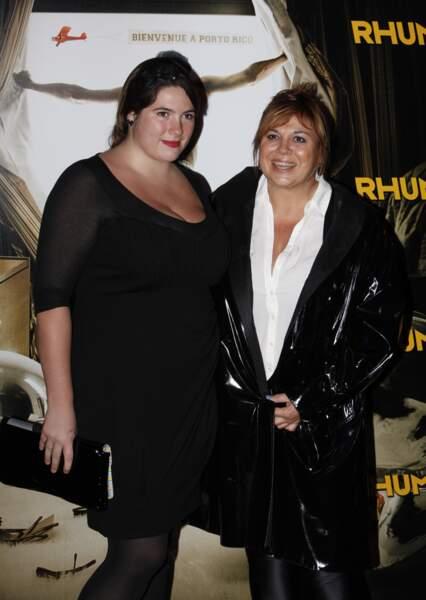 """Michèle Bernier et sa fille Charlotte Gaccio à la première de """"Rhum Express"""" en 2011."""