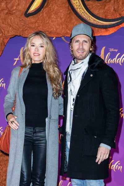 """Elodie Fontan et son compagnon Philippe Lacheau à l'avant-première du film """"Aladdin""""le 8 mai 2019."""