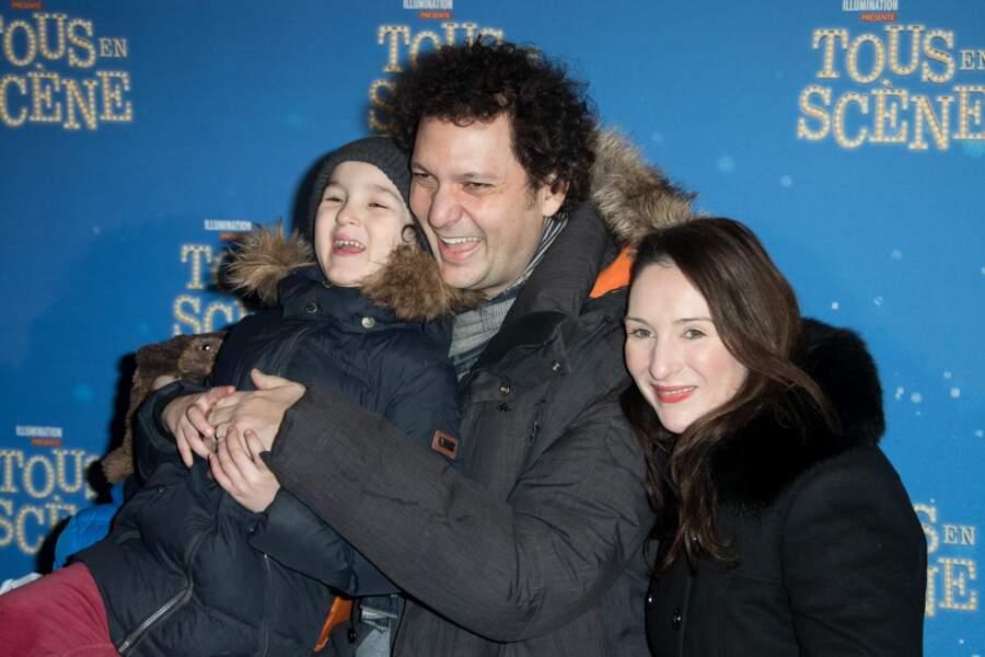 Eric Antoine, sa femme Calista Sinclair et leurs fils Ulysse et Raphaël au Grand Rex à Paris le 14 janvier 2017