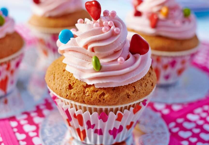 Cupcake nature et son glaçage à la rose