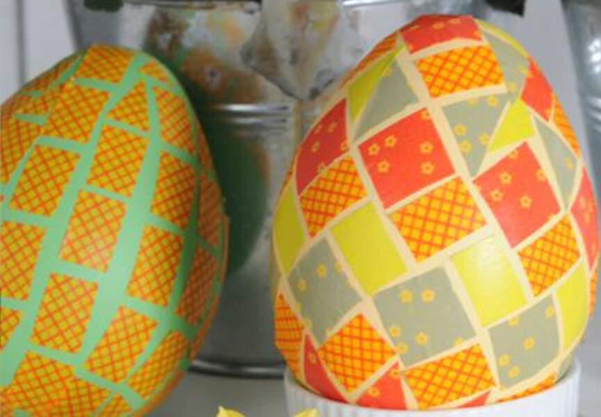 Des oeufs en masking tape pour Pâques
