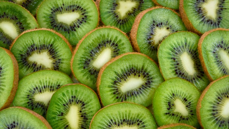Cicatrisant, allié minceur, cardioprotecteur : 5 vertus santé du kiwi