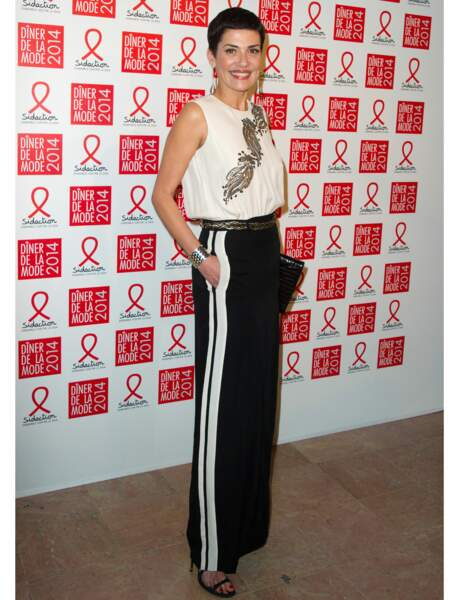 Cristina Cordula ultra chic en pantalon smoking